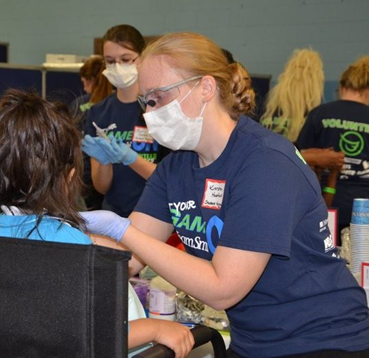 picture of dental hygiene students